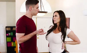 Hot Stepmom Kendra Lust Needs Cock Right Now!
